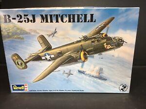 Revell-1-48-Scale-B-25J-Mitchell-Bomber-Plane-Model-Kit-85-5512