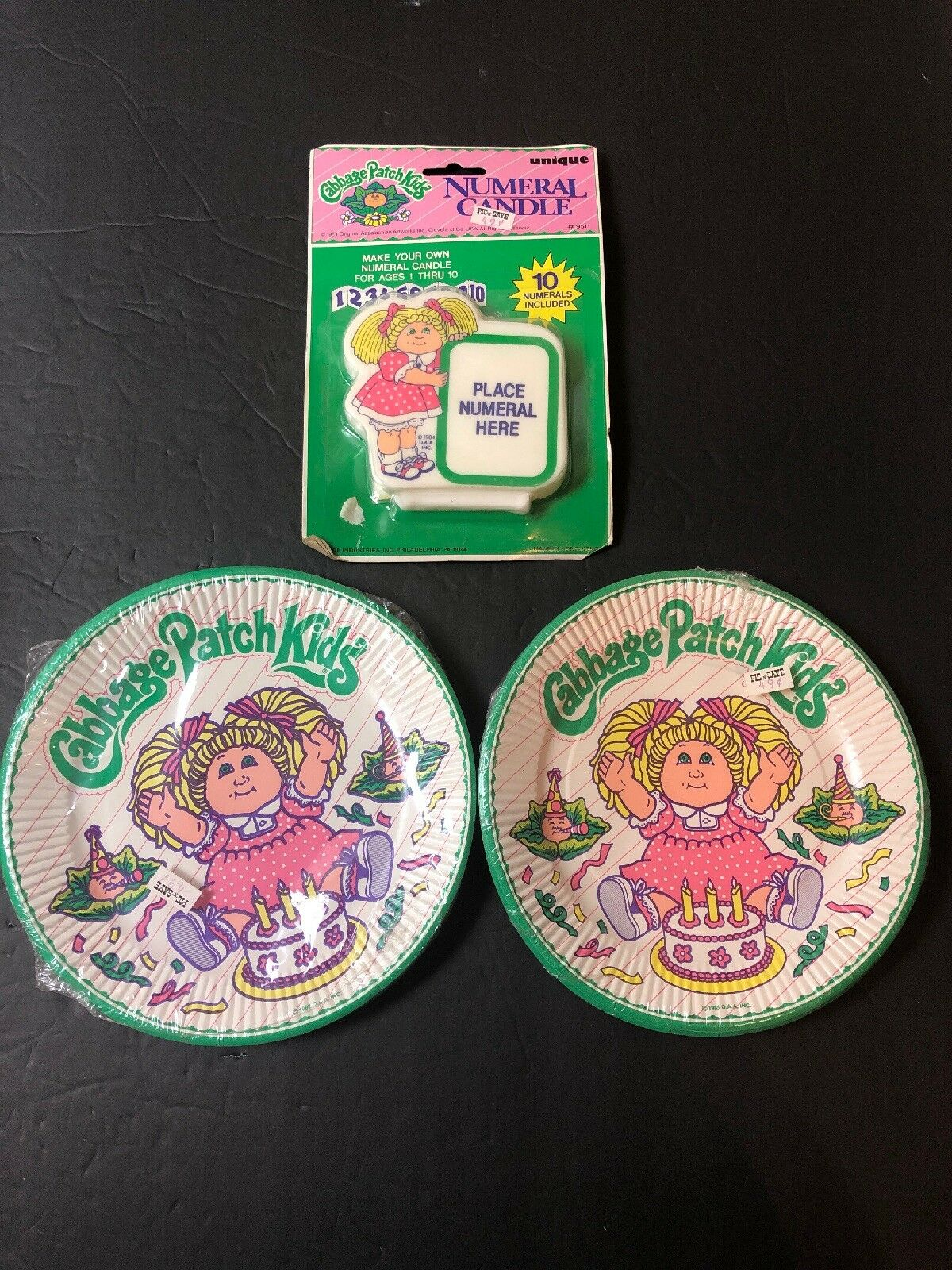 Vintage 1983 Cabbage Patch Kids 7  Assiettes en Papier Anniversaire Bougie Lot