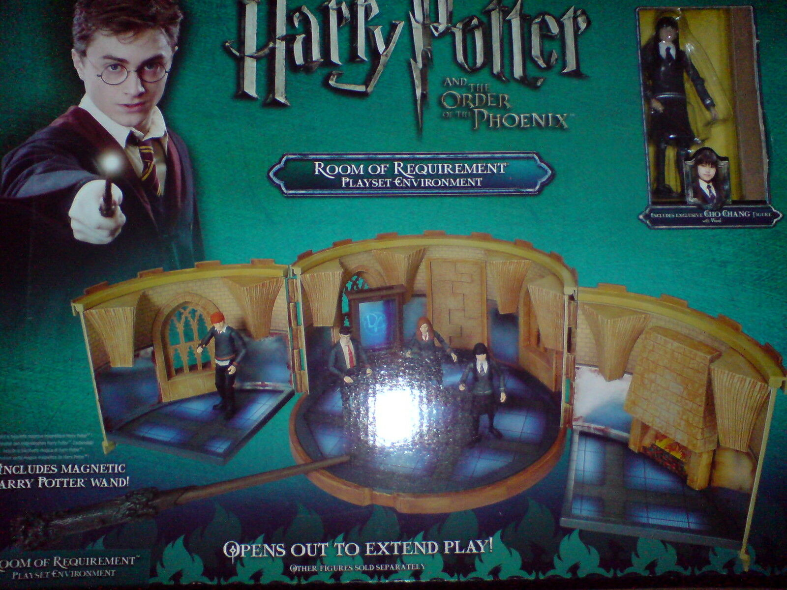 HARRY POTTER AND THE ORDER OF THE PHOENIX  ROOM OF REQUIREMENT PLAYSET 3 BNIB