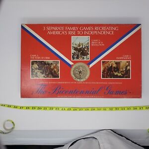 """VINTAGE 1975 COACH HOUSE """"THE BICENTENNIAL GAMES""""  3 BOARD GAMES IN 1 USED"""