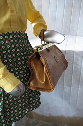 mᄄᆭtal cuir Sac ᄄᄂ marron en annᄄᆭes main en cuir Sac 70 ᄄᄂ en des main vᄄᆭritable DHE92I