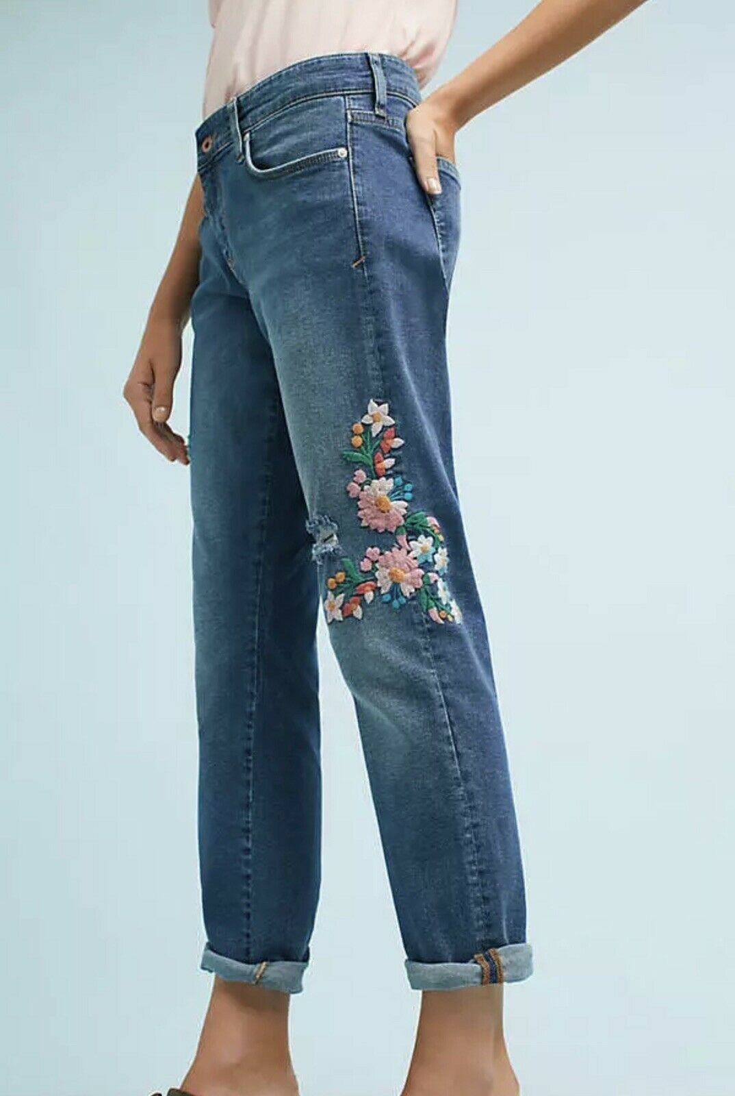 NEW Anthropologie Pilcro Distress Floral Embroidered Mid Rise Stretch Jeans 28