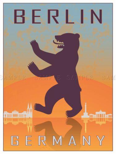 TRAVEL TOURISM BERLIN GERMANY HERALDIC RAMPANT BEAR COAT ARMS PRINT BMP10567