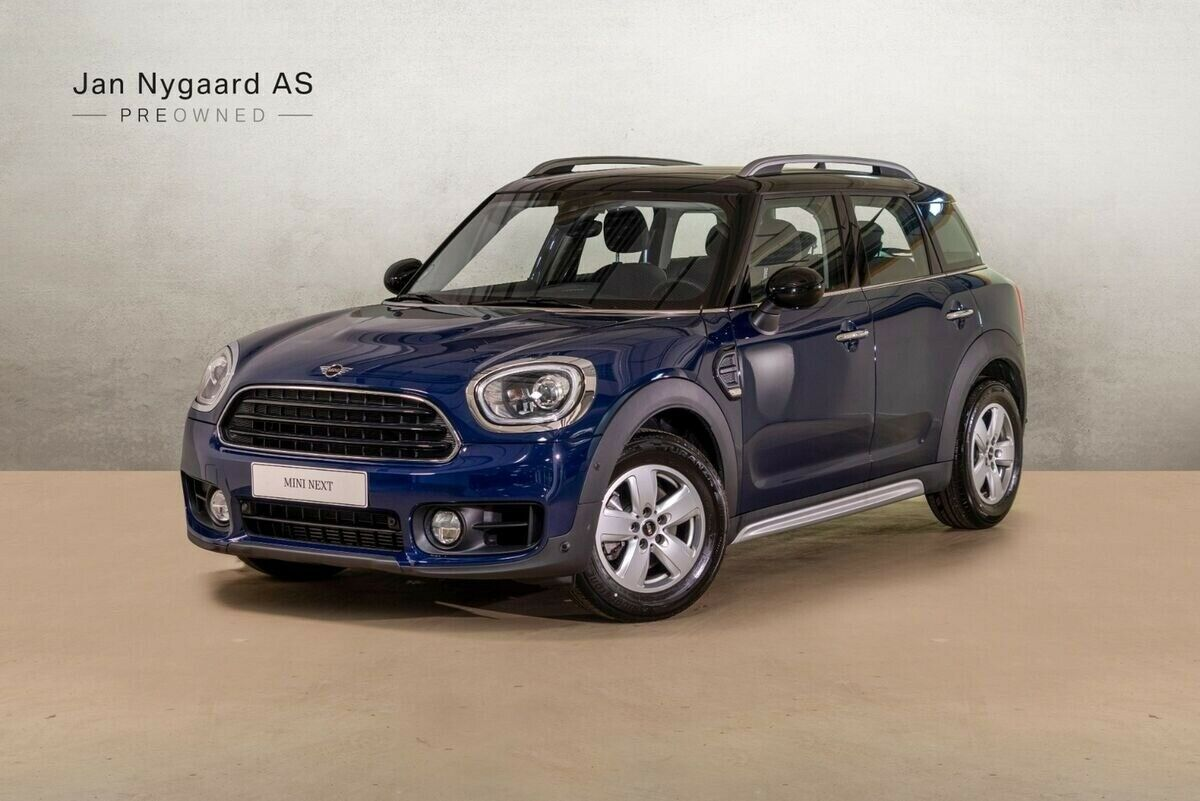 Mini Countryman Cooper 1,5 136 Essential aut. 5d - 319.000 kr.