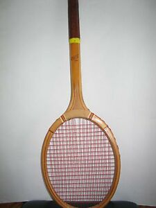 1950s-Vintage-Made-by-DR-Tennis-Racket