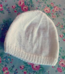 BA001 KNITTING PATTERN PLAIN AND SIMPLE BABY HAT IN 4 PLY ...