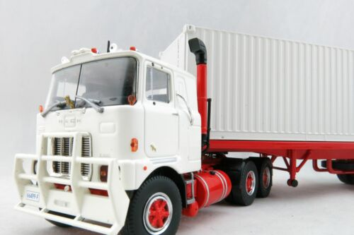 Tekno 72620 Mack F700 Prime Mover with Trailer and Container 1:50