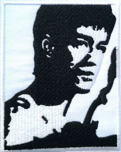 """Bruce Lee Iron On Sew On Embroidered Patch 4/"""" Martial Art Kune Do Black /& White"""