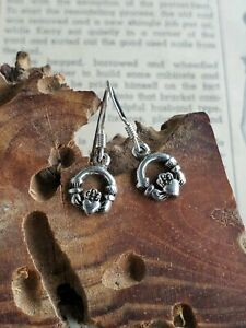 Vintage-Celtic-Claddagh-sterling-silver-drop-earrings-small