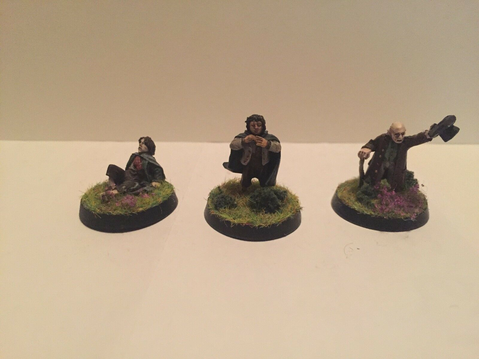 GW Games Workshop LotR Lord of the Rings Frodo Baggins and Hobbit Figures