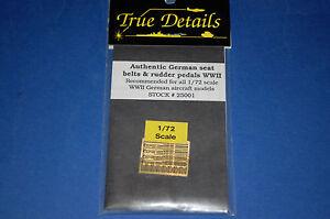 True-Details-25001-Authentic-German-seat-belts-amp-rudder-pedals-WWII-scala-1-72