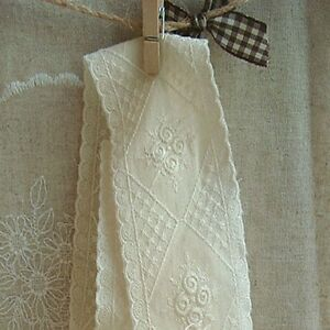 1Yds-Broderie-vintage-eyelet-cotton-lace-trim-2-1-034-5cm-ivory-YH1309-laceking