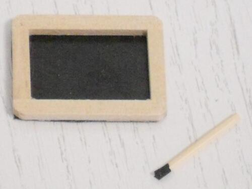 écriture Tableau//panneau avec pattes # K # miniature P.D poupée échelle 1:12