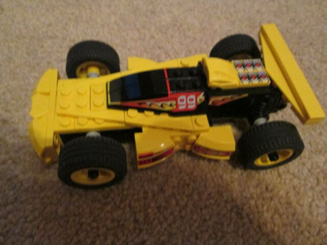 LEGO Racers Hot Buster (8382) Racing Car