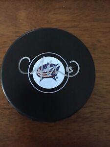 Autographed-CAM-ATKINSON-Columbus-Blue-Jackets-Hockey-Puck-w-COA