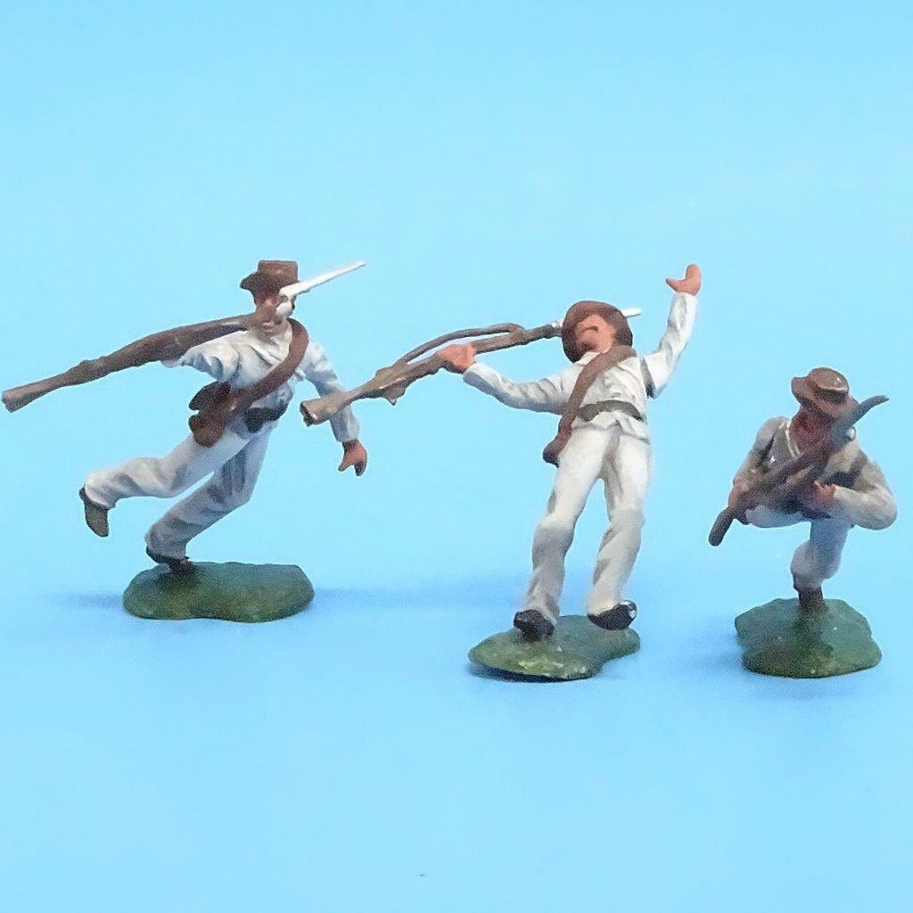CORD-0795 - Confederates Casualties (3 Figures) - ACW - Unknown Manufacturer