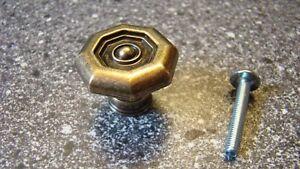 1-x-Moebelknopf-Durchmesser-35-mm-vermessingt-brueniert