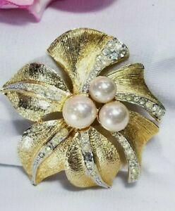 Vintage brooch Vintage rhinestone brooch Vintage gold rhinestone brooch