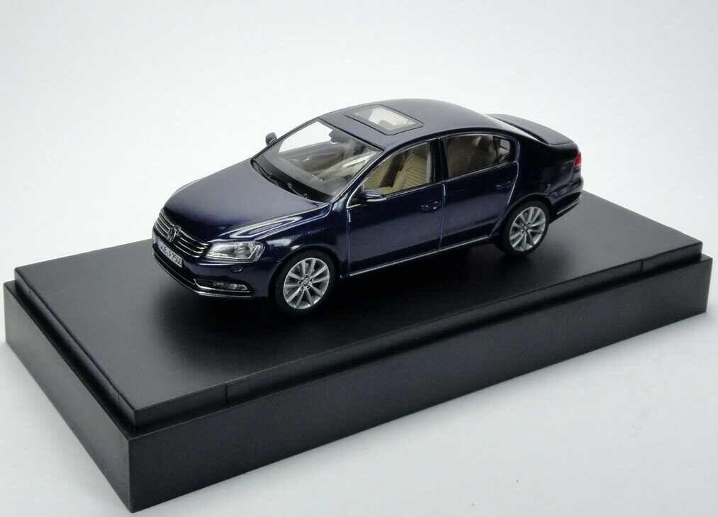 VW PASSAT B7 B7 B7 HIGHLINE TDI TSI 2010 SALOON NIGHT blueE 1 43 SCHUCO (DEALER MODEL) e931cd
