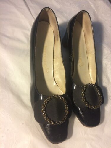 Size 10 AAAAA Vintage 60s Black leather GAMINS  bu