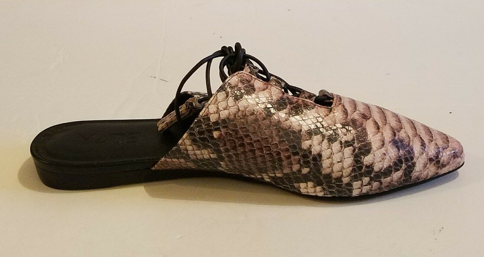 M4D3 Della Della Della Dusty Rosa Snakeskin Embossed leather Ankle Wrap Flat Mule sz 9 f5095d