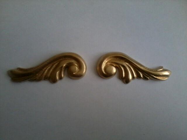 Decorative Resin Moulding - Georgian Scrolls (Pair)  Gold Painted Finish