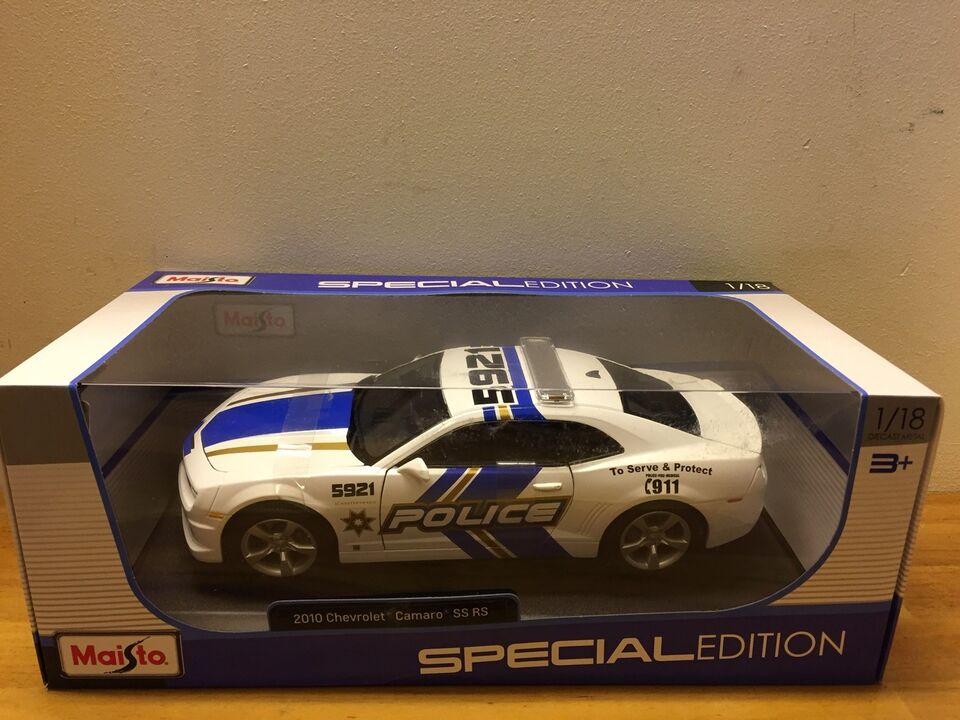 Modelbil, Chevrolet Camaro SS RS POLICE, skala 1:18