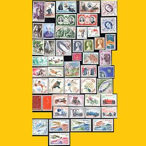 LOT-DE-50-TIMBRES-DE-MONACO-ANNEES-1944-A-1974-NEUFS