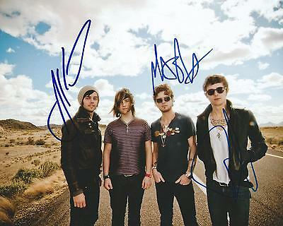 Rock & Pop **gfa Tonight Tonight *hot Chelle Rae* Signed 8x10 Photo Ad2 Coa** Bright And Translucent In Appearance Autographs-original