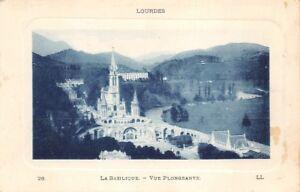 Lourdes-el-Basilica-vista-inmersa