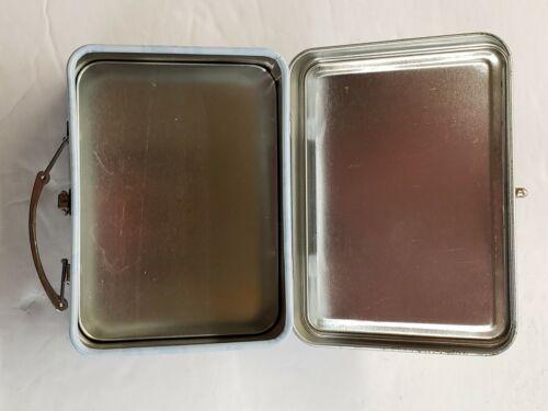 New Lunch Box SPONGE BOB SQUARE PANTS Collectible Tin Box