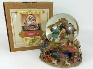 Large-Grandeur-Noel-Musical-Animated-Waterglobe-Nativity-Collectors-Edition
