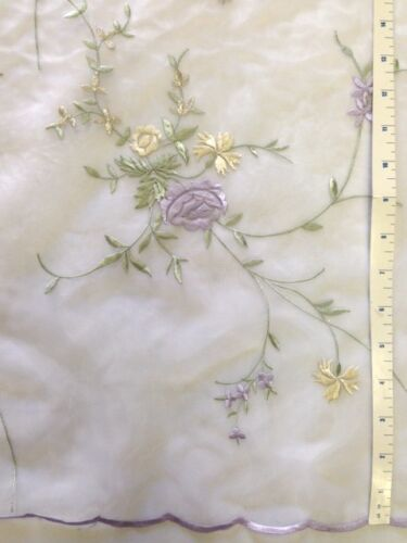 """Bouquet Flower Embroidered Organza with Scalloped Edges 2 Yards 55/"""" Inches"""