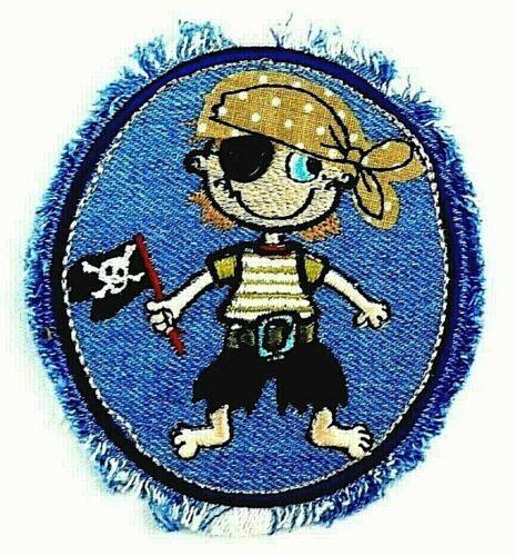 Applikation zum Aufbügeln Bügelbild 2-588 Kleiner Pirat mit blau//weissen Fransen