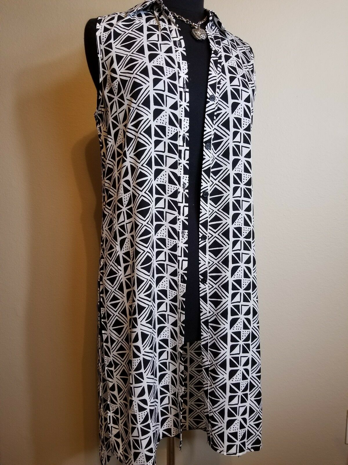Spense Sleeveless Printed Hi-Lo Casual Button up Blouse  Tunic size M