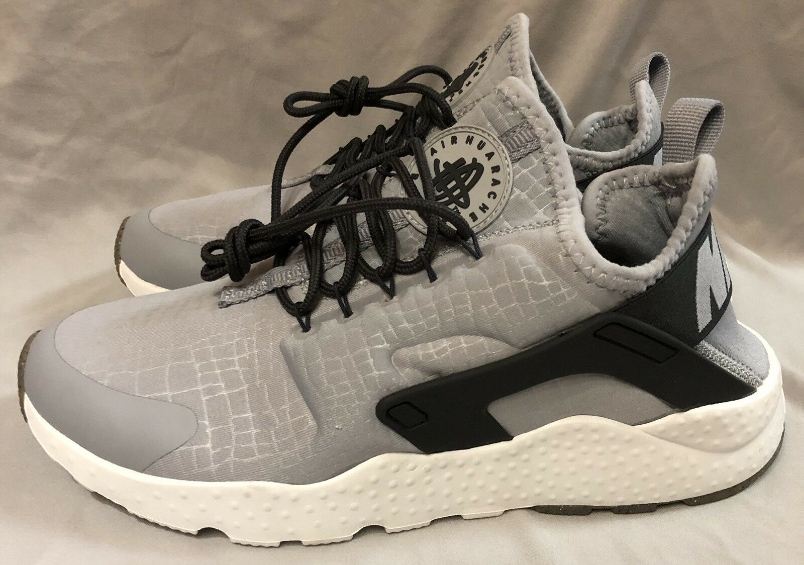 Nike Air Huarache Run Ultra Womens Shoes Comfortable Comfortable and good-looking