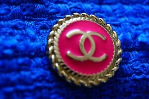 STAMPED-VINTAGE-CHANEL-BUTTONS-1-pieces-One-pink