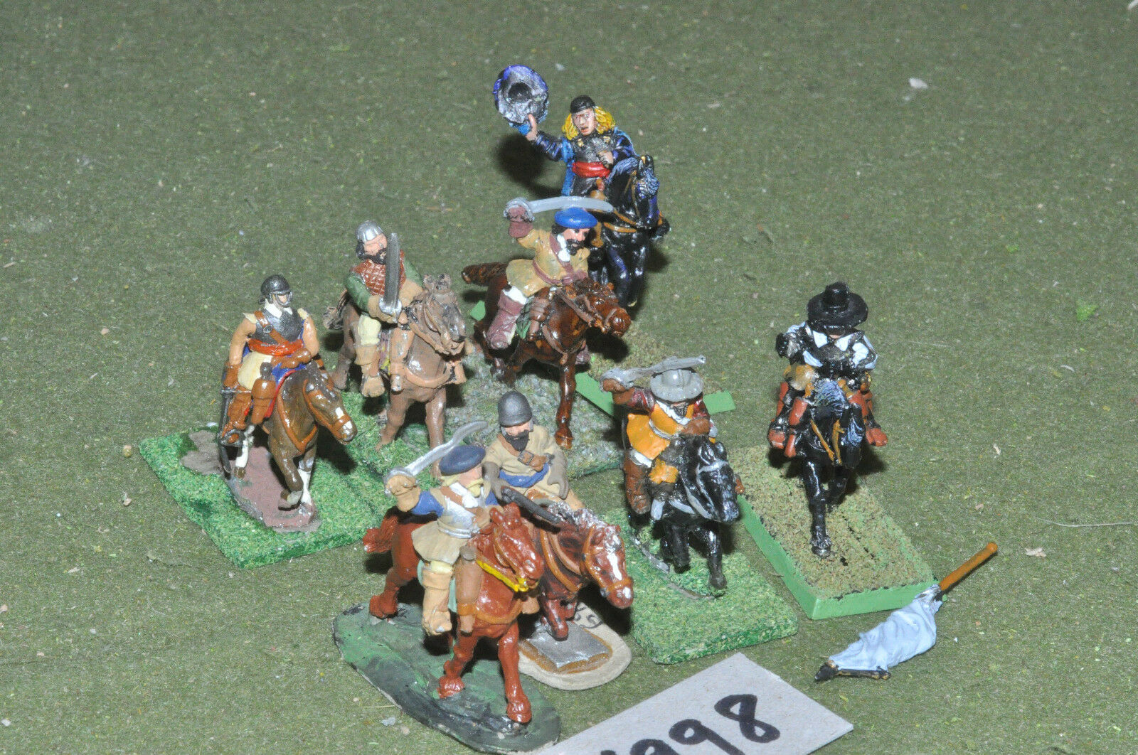 25mm ECW   english - civil war cavalry 8 cavalry metal - cav (6998)