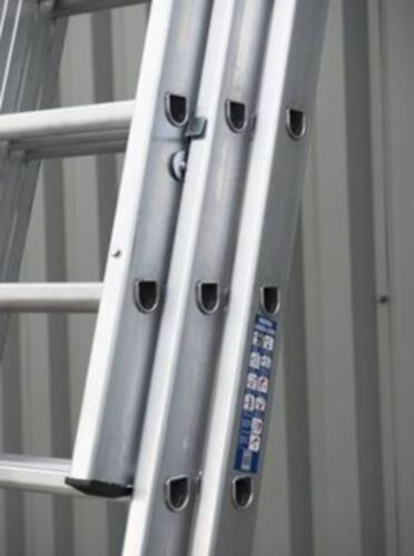 INDUSTRIAL Triple & Double Extension Ladders 2 & 3 Section BS2037 CLASS 1