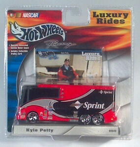 Rare hot wheels nascar luxury rides kyle petty 45 sprint toy bus image is loading rare hot wheels nascar luxury rides kyle petty altavistaventures Images