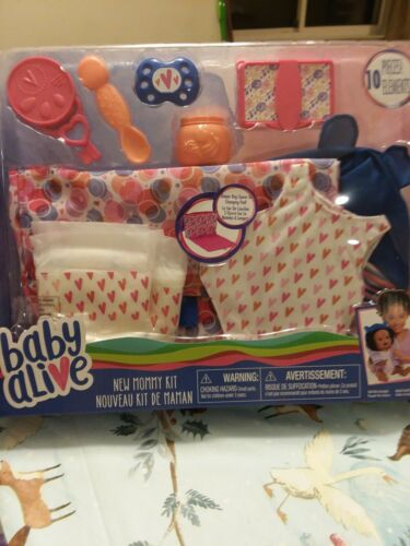 BABY ALIVE NEW MOMMY KIT WITH OUTFIT AND PACIFIER NEW IN BOX
