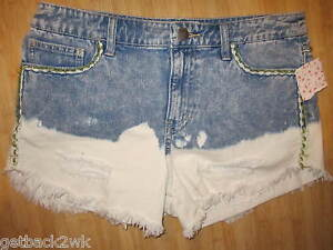 c3be2cea98 NWT Free People 26 JEAN DENIM Shorts PANTS Distressed Cut Offs ...