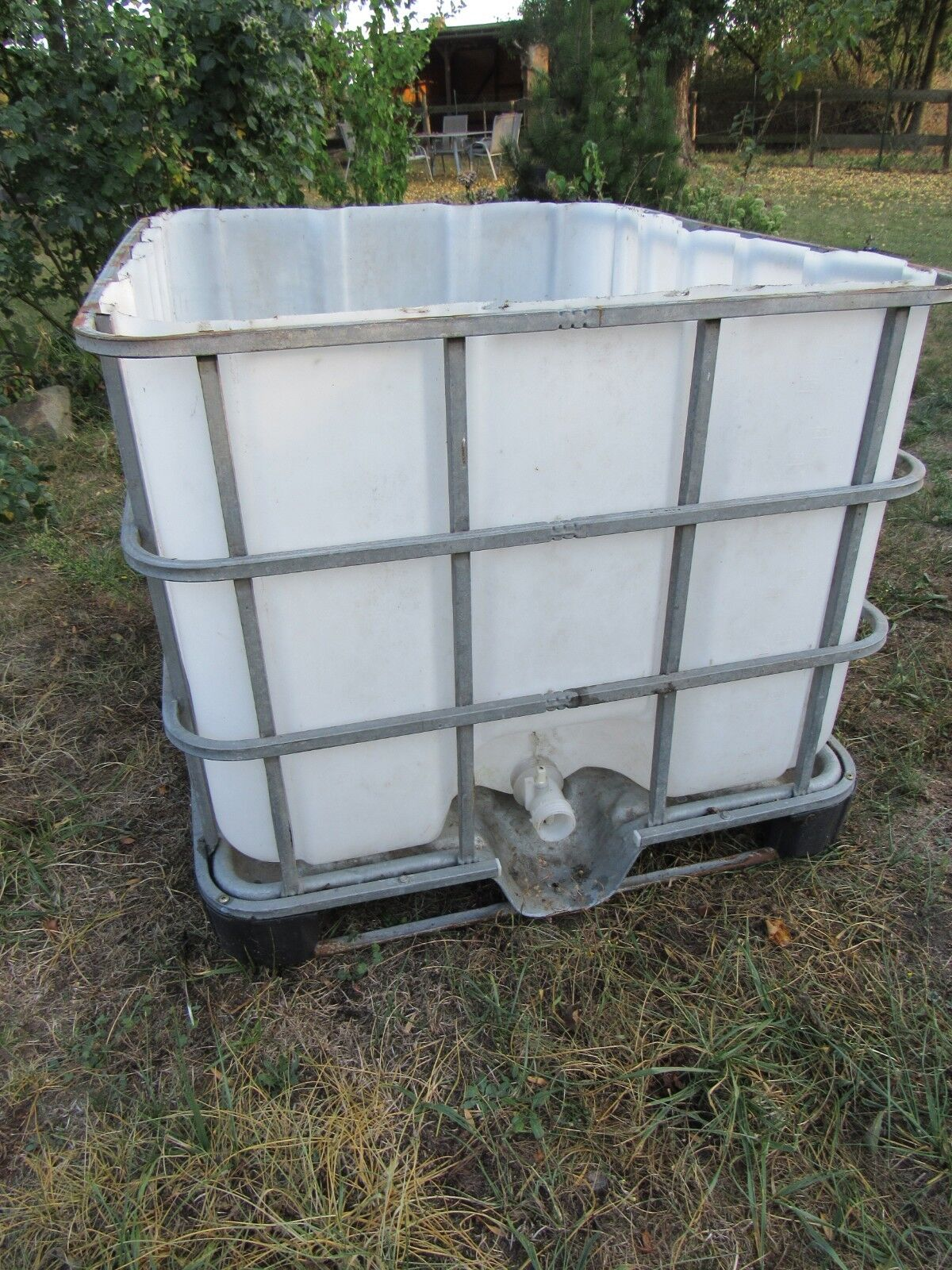 3 Heubehälter Heubehälter Heubehälter für Koppel aus wetterfestem Kunstoff im Metallkorb fedc7c