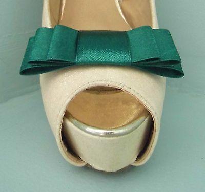 2 Clips Para Zapatos Arco Triple Verde-otros colores a petición