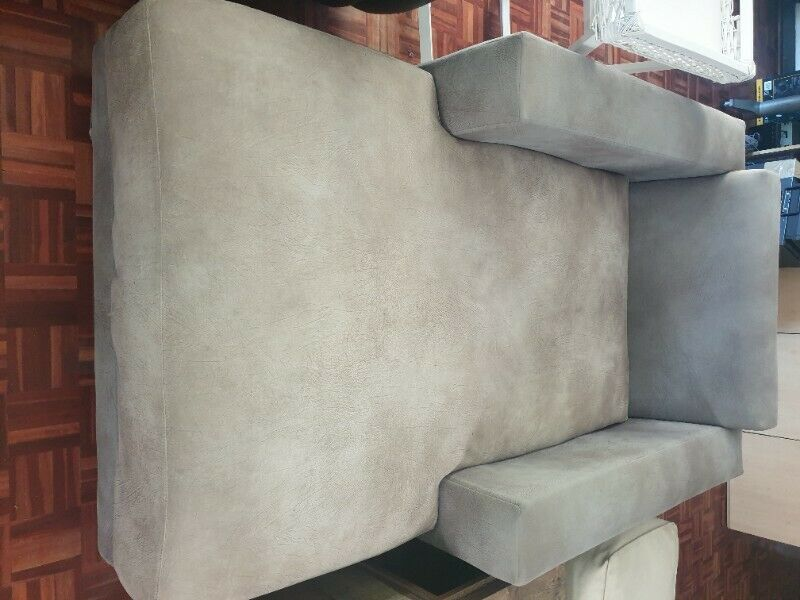 Day beds x 2 both for R3500  - Ad posted by Donovan Dass