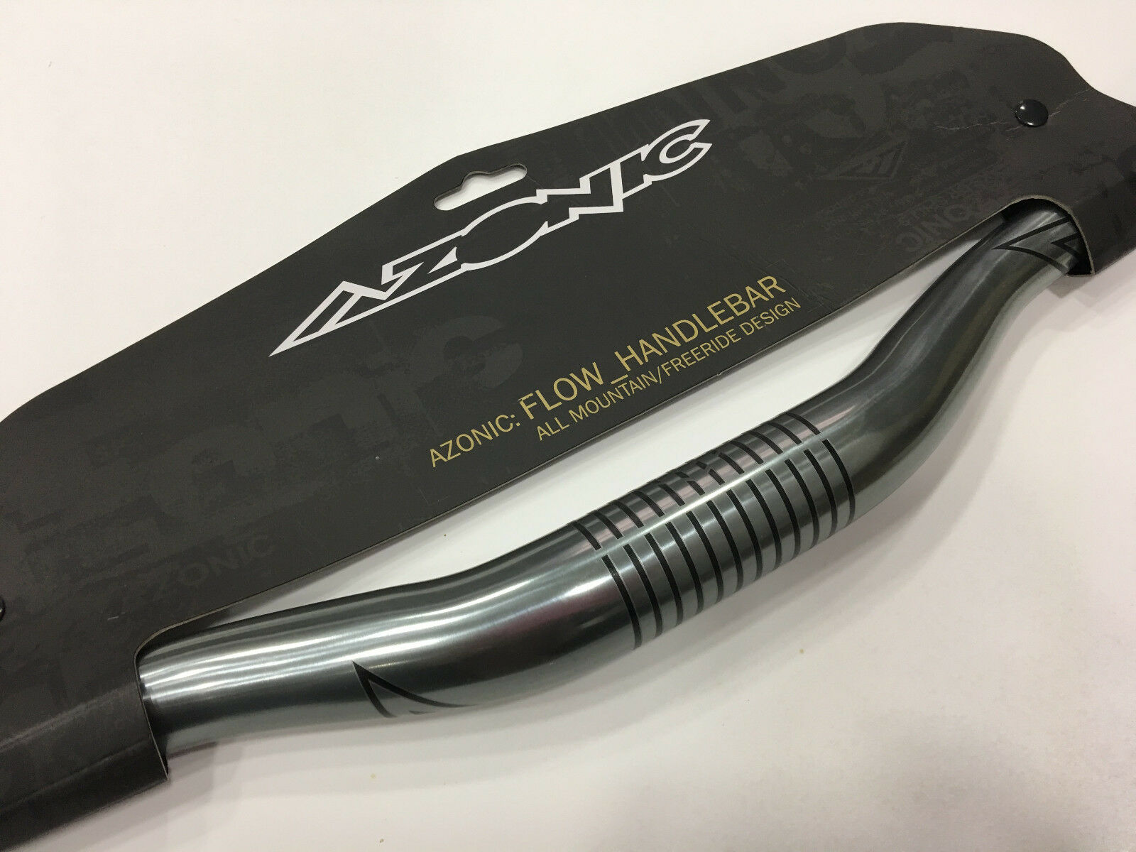 "Azonic 31.8mm 1/"" Rise W750mm Flow Handlebar #3003-105 Titanium grey"