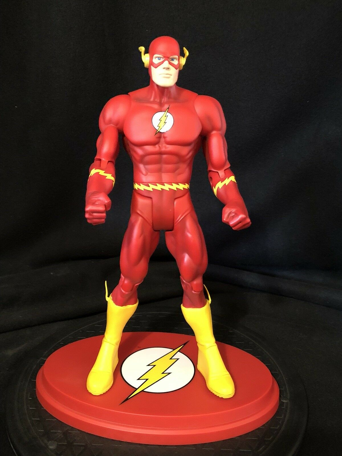 DC UNIVERSE Giants of Justice Collection THE FLASH 12   Figure Used