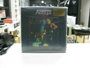 Accept 2LP Europa Staying A Life 2020 Klappcover Limitierte Smoke Coloured 180GR