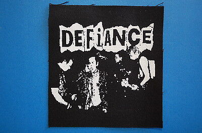 "Defiance Cloth Patch Sew On Badge Adicts Punk Rock Music Approx 4/""X4/"" CP52"