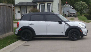 2012 MINI Cooper S Countryman All4 AWD Hatchback